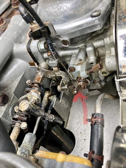 Gas pouring out of carb : TR6 Tech Forum : Triumph