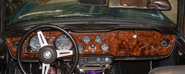 Dashboard for a 1974 TR6 : TR6 Tech Forum : Triumph Experience Car ...