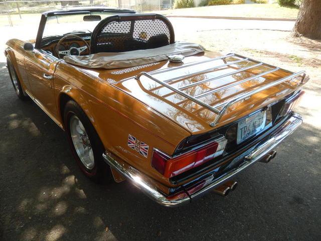 1972_Triumph_TR6_ButtaScotch_Julius_Abellera_000.jpg