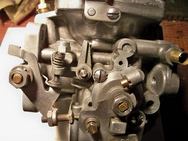 Throttle Stop Screw 002.JPG