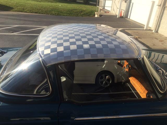 Chequered roof.JPG