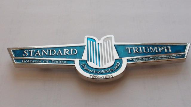 Triumph Grill Badge 2.jpg