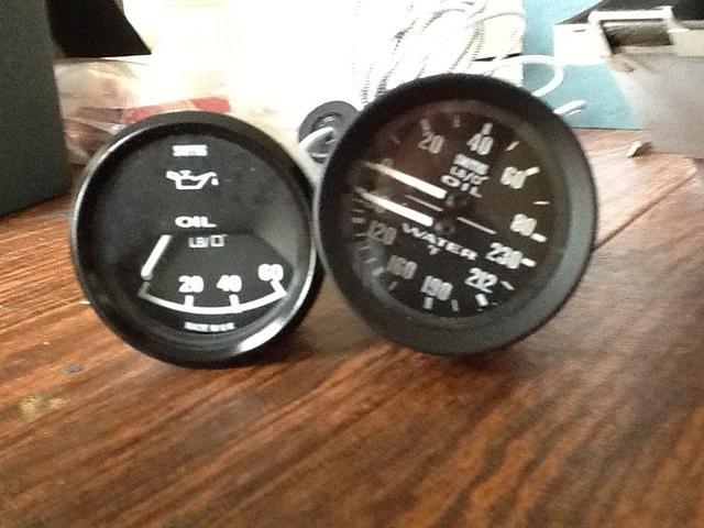 CAI gauges custom.jpg