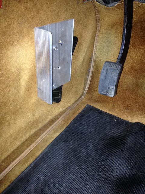 dead pedal IMG_0418.jpg