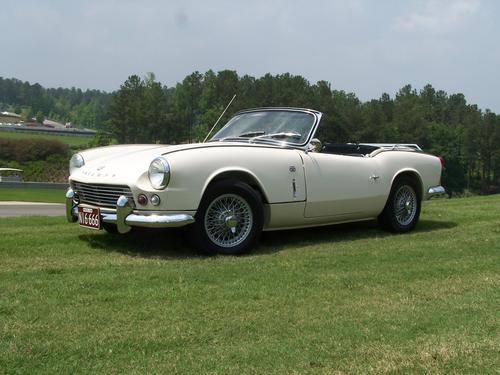 1964_triumph_spitfire_4_old_english_whit