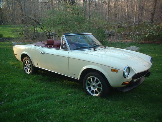 1980 fiat 124 spider 2000 zfa124cs000173815 registry. Black Bedroom Furniture Sets. Home Design Ideas